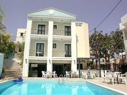 Renia Hotel Apartments 3*